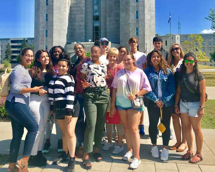 Incoming Marymount students explore Quebec through Discover Program
